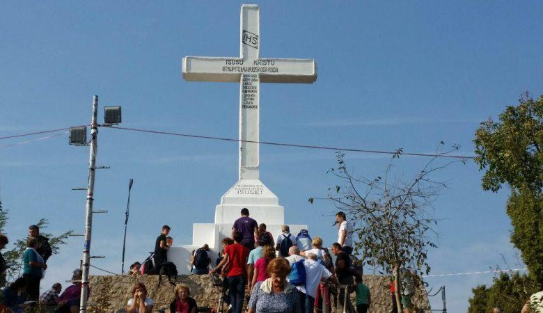 """""""Auch das Kreuz (auf dem Kreuzberg) war im Plane Gottes, als ihr es errichtet habt"""""""
