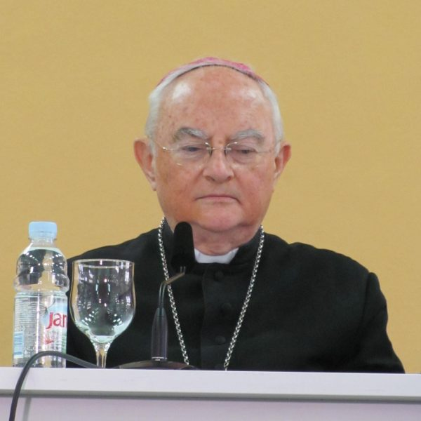 Pressekonferenz mit Erzbischof Henryk Hoser in Medjugorje am 5. April 2017!
