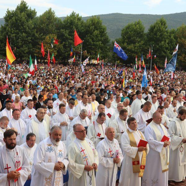 """Mladifest in Medjugorje – """"Schaut auf zu Ihm und freut euch"""" (Vgl. Ps 34)"""