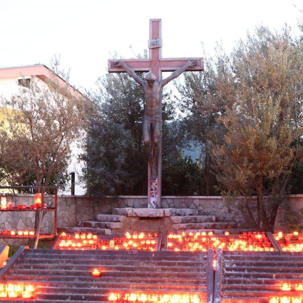 Liturgische Feier am Karfreitag in Medjugorje