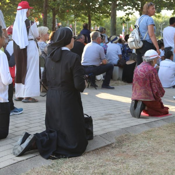 Gebet in Medjugorje