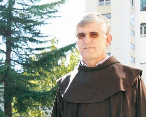 Pater Petar – der Priester, der die Geheimnisse veröffentlichen wird