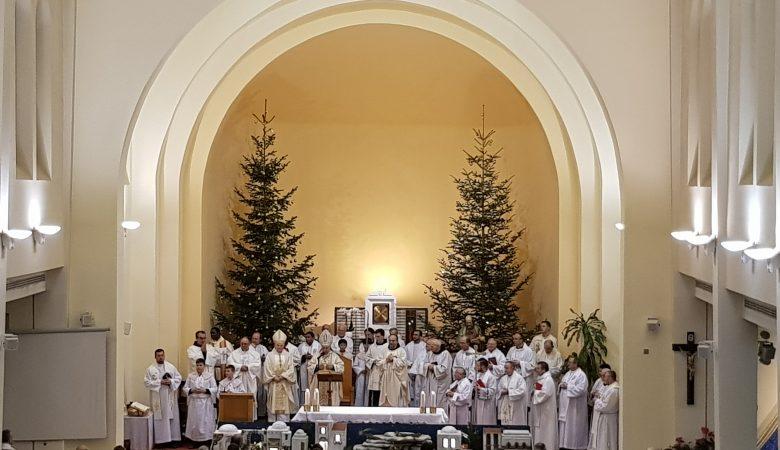 Silvester in Medjugorje mit Nuntius Erzbischof Luigi Pezzuto