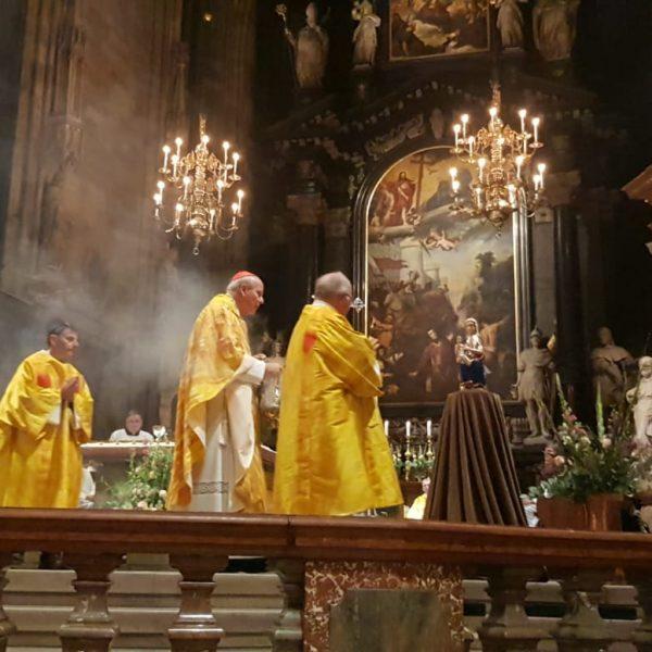 Friedensgebet im Wiener Stephansdom mit Seherin Marija Pavlovic-Lunetti