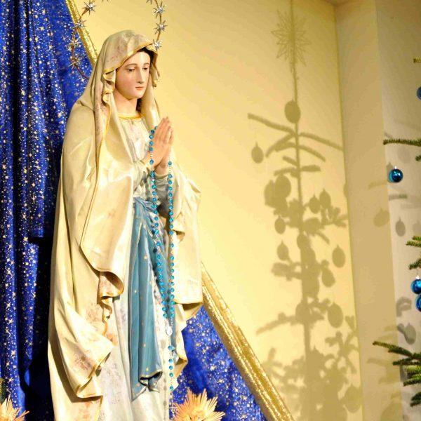 Maria bringt uns Jesus, der uns den Frieden bringt – Gedanken zur Botschaft vom 25. Dezember 2020