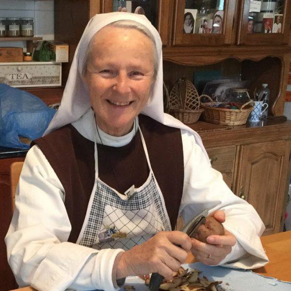 Schwester Emmanuel berichtet aus Medjugorje