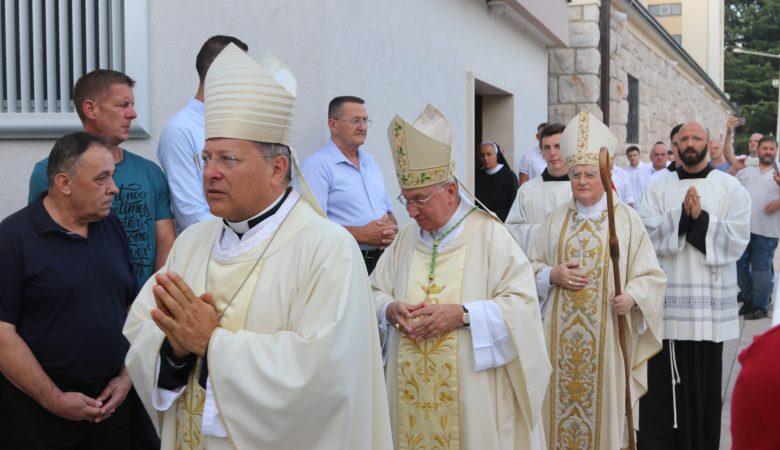Einsetzung des Apostolischen Visitators Erzbischof Henryk Hoser in Medjugorje