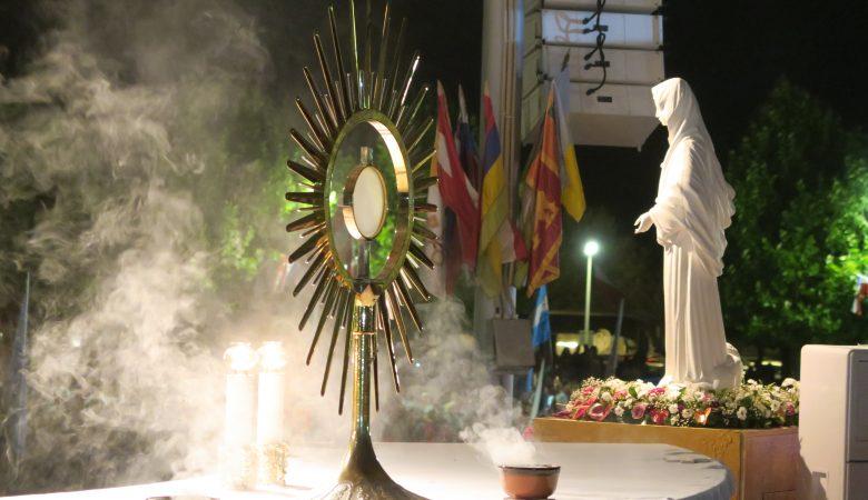 Anbetung Jesu im Allerheiligsten Sakrament des Altares in Medjugorje