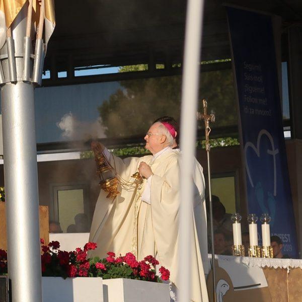 """""""Man muss Medjugorje einfach kennen lernen!"""" Erzbischof Henryk Hoser"""