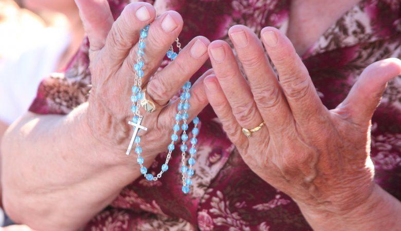 """""""Der Rosenkranz ist mein Lieblingsgebet"""" – Gedenktag heiliger Johannes Paul II."""